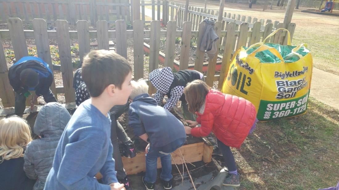 Whit Davis Elementary 4-862306-edited.jpg
