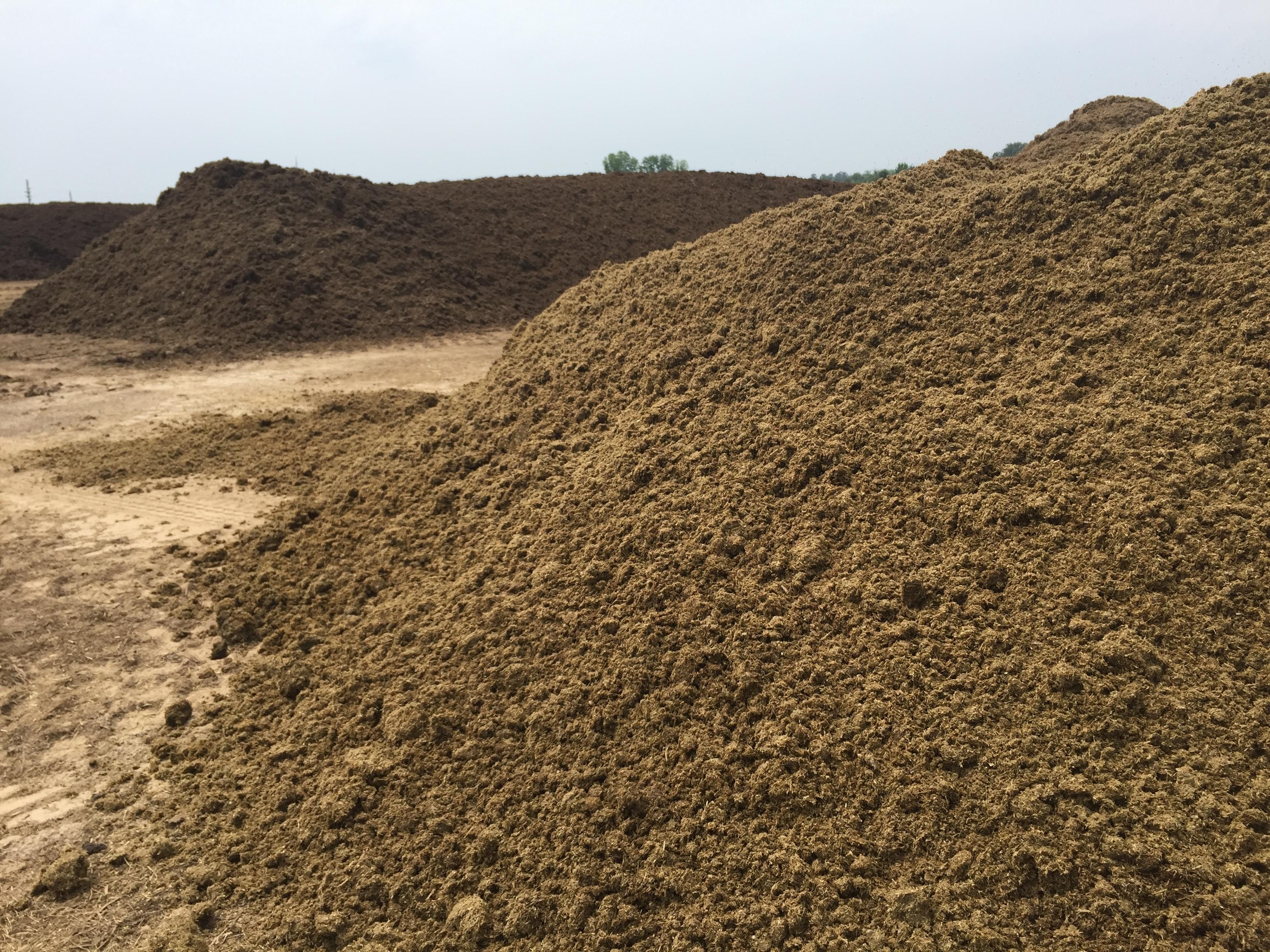 Soil3 organic compost decomposing