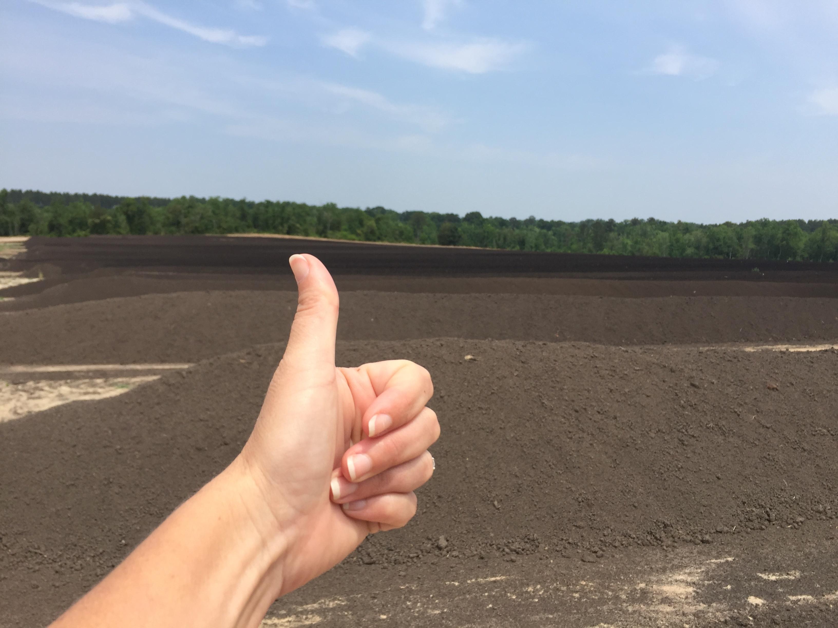 Super-Sod Soil3 thumbs up
